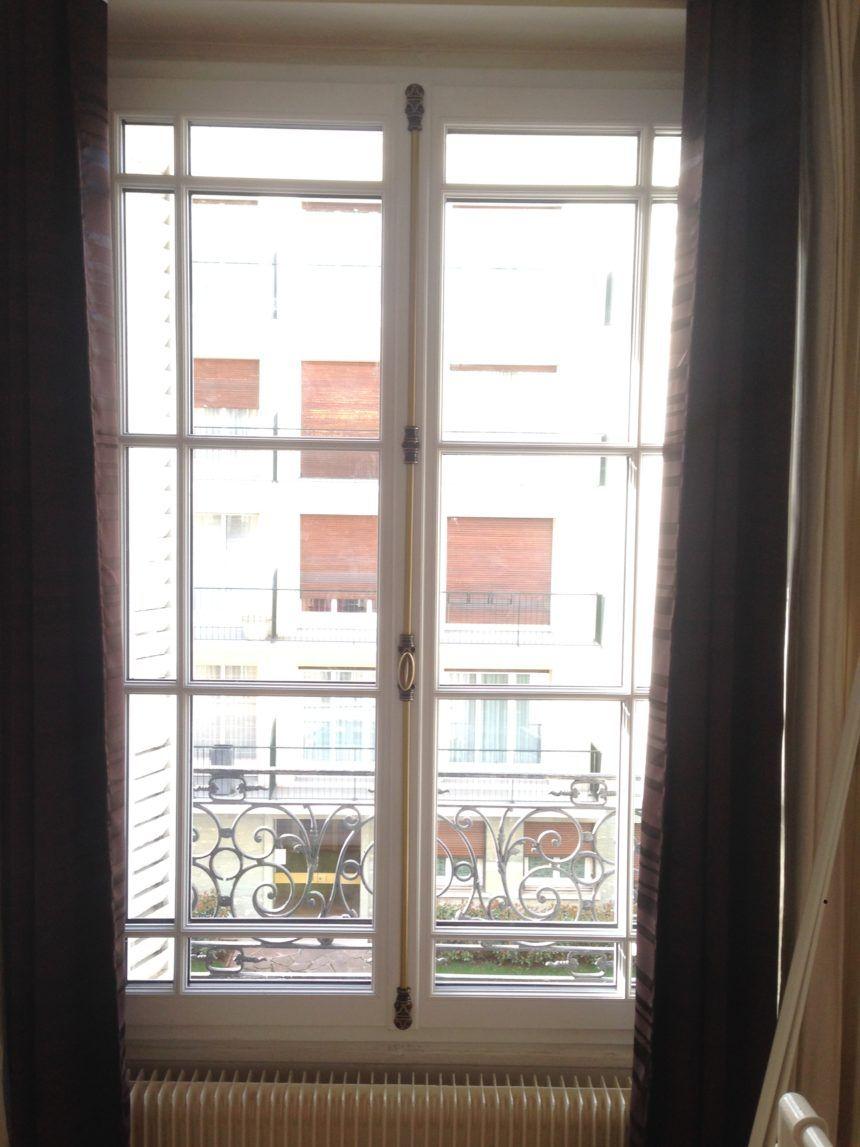 Fenêtre estibelle bois